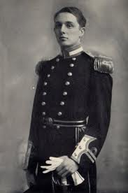 Oswald_naval_uniform